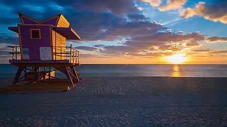 Lifeguard hut  on Miami Beach at sunrise