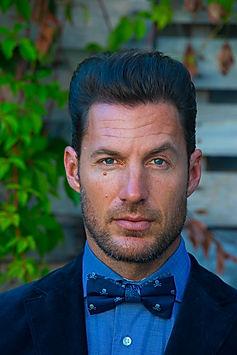Headshot portrait of a male model Lee Dahlberg