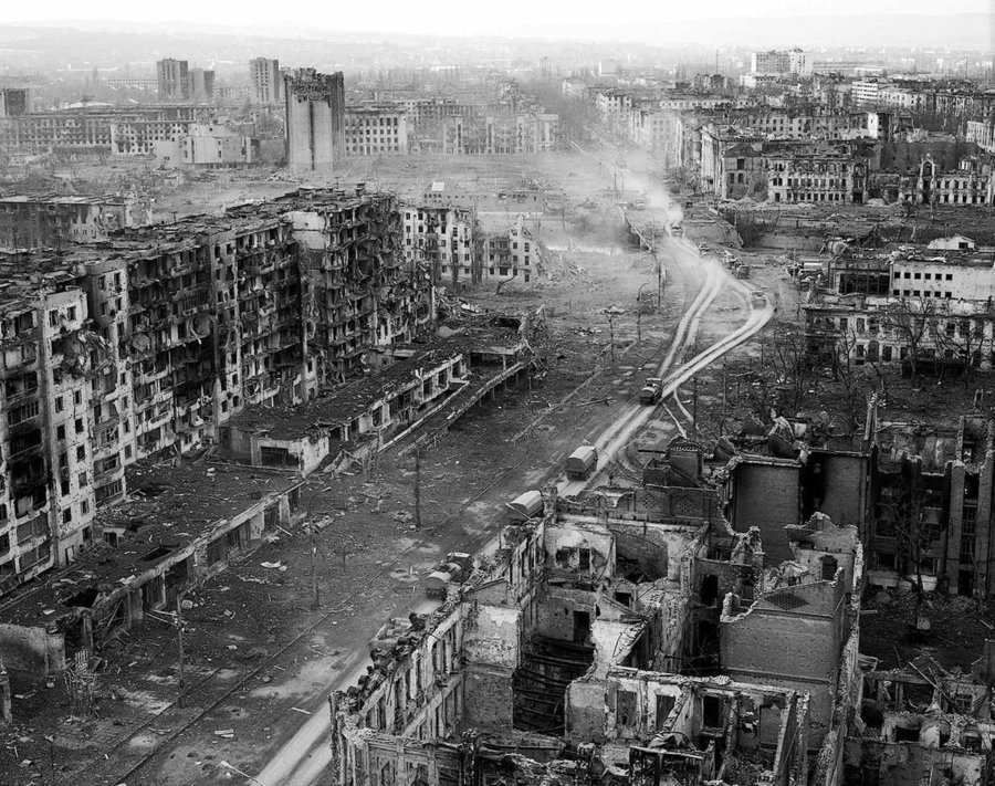 chechnya___grozny_by_chewolf-d3er2or.jpg