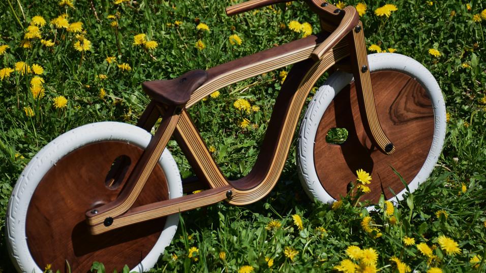 Wooden Balance bike by Etienne Franzak