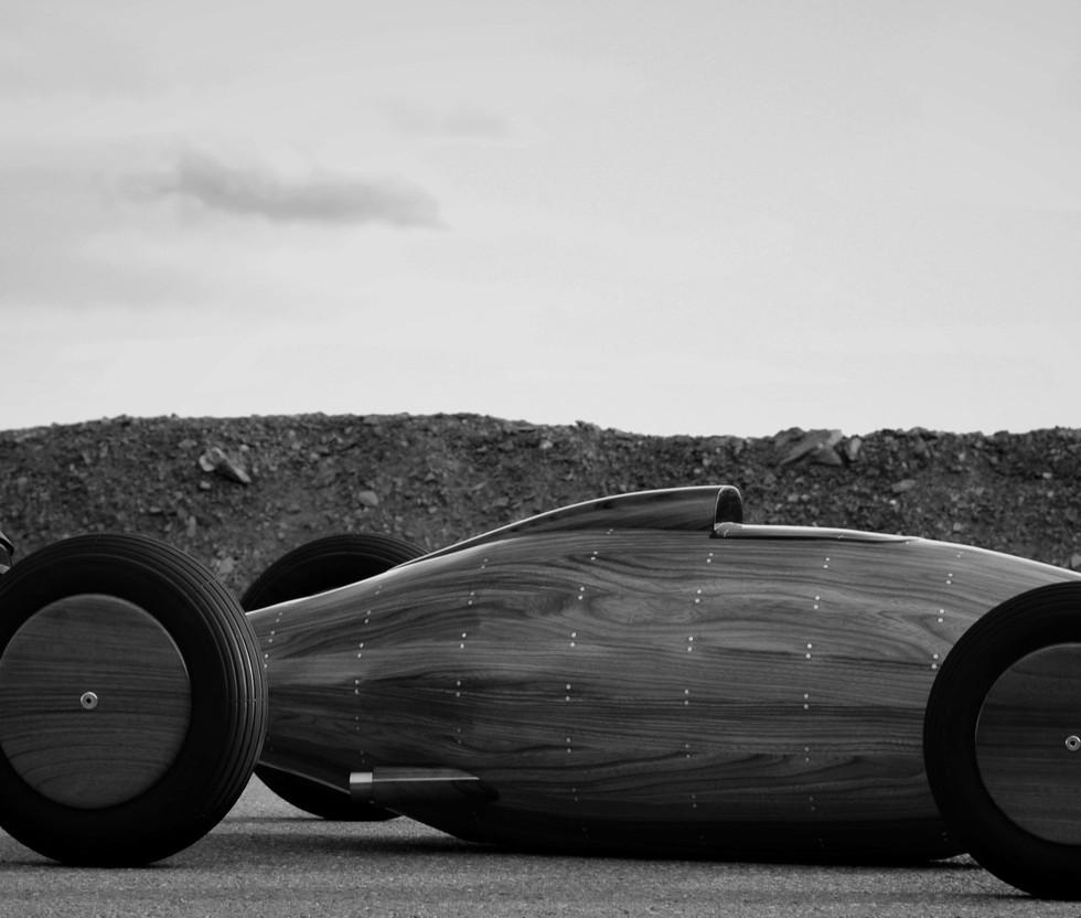 Automotive Sculptor Artist Etienne Franzak