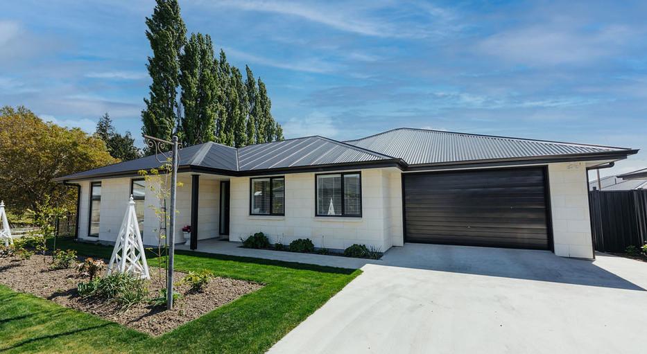 limestone new home