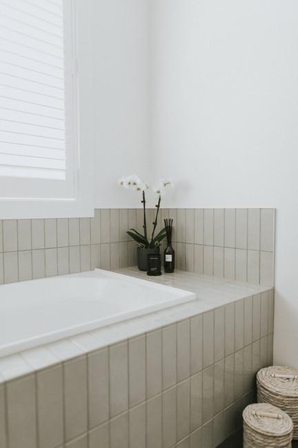 McBrimar Show Home family bathroom