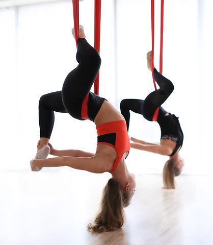 antigravity-yoga%20(1)_edited.jpg