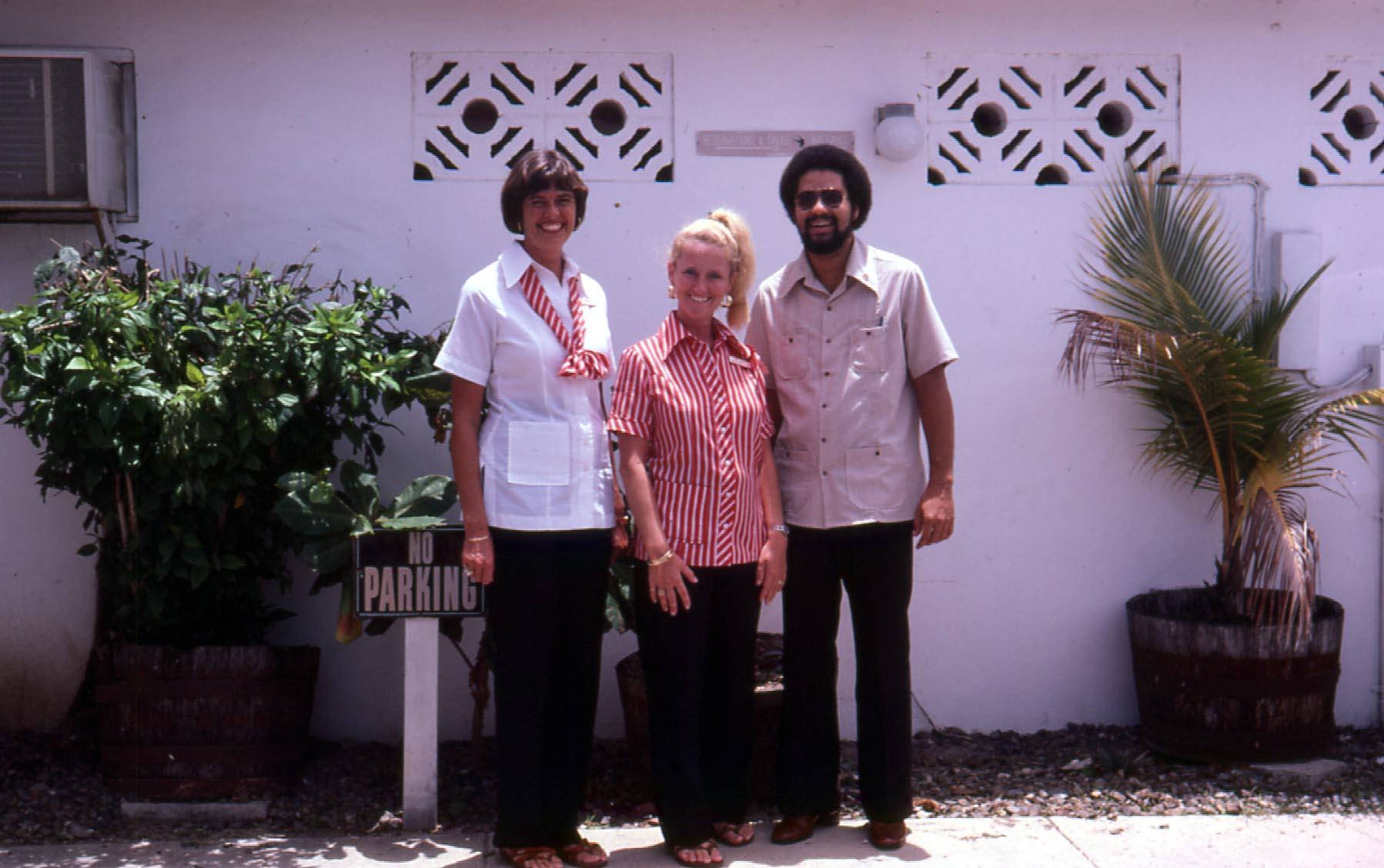 Julie, Ginny & Bob