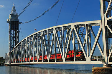 cape-cod-canal-railroad-bridge-train-joh