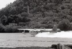 G73 Mallard landing at St. Thomas