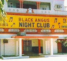 black+angus+bar.jpg