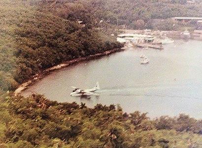 old-seaplane.jpg
