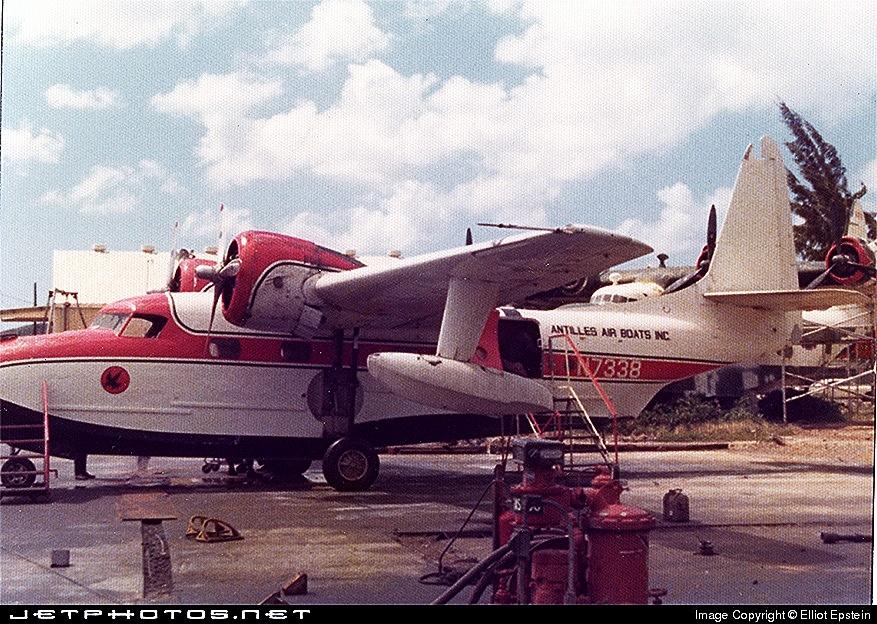 Grumman Mallard G-73 N7338 St. Thomas