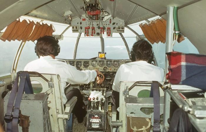 S25 Sandringham Cockpit