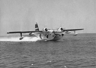 HU-16-UF-water-take-off.jpg