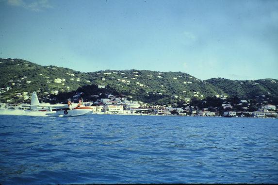 Antilles Grumman Goose - 108a.jpg