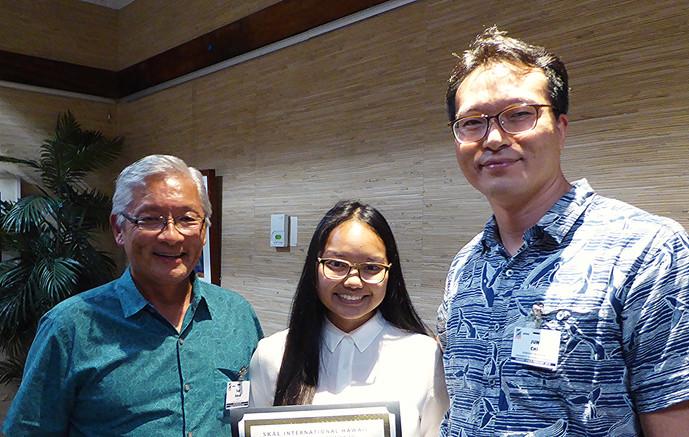 Ted Sakai, Tara Ann Pacubas & Dr. Junwook Chi / UH-Moana