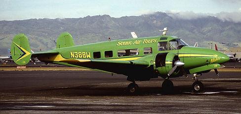 n38bw-scenic-air-tours-beechcraft-18_Pla