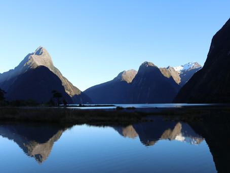 Hiking Milford Sound - New Zealand