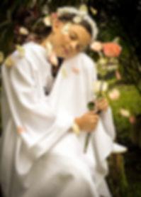 first-communion-2552187_1920.jpg