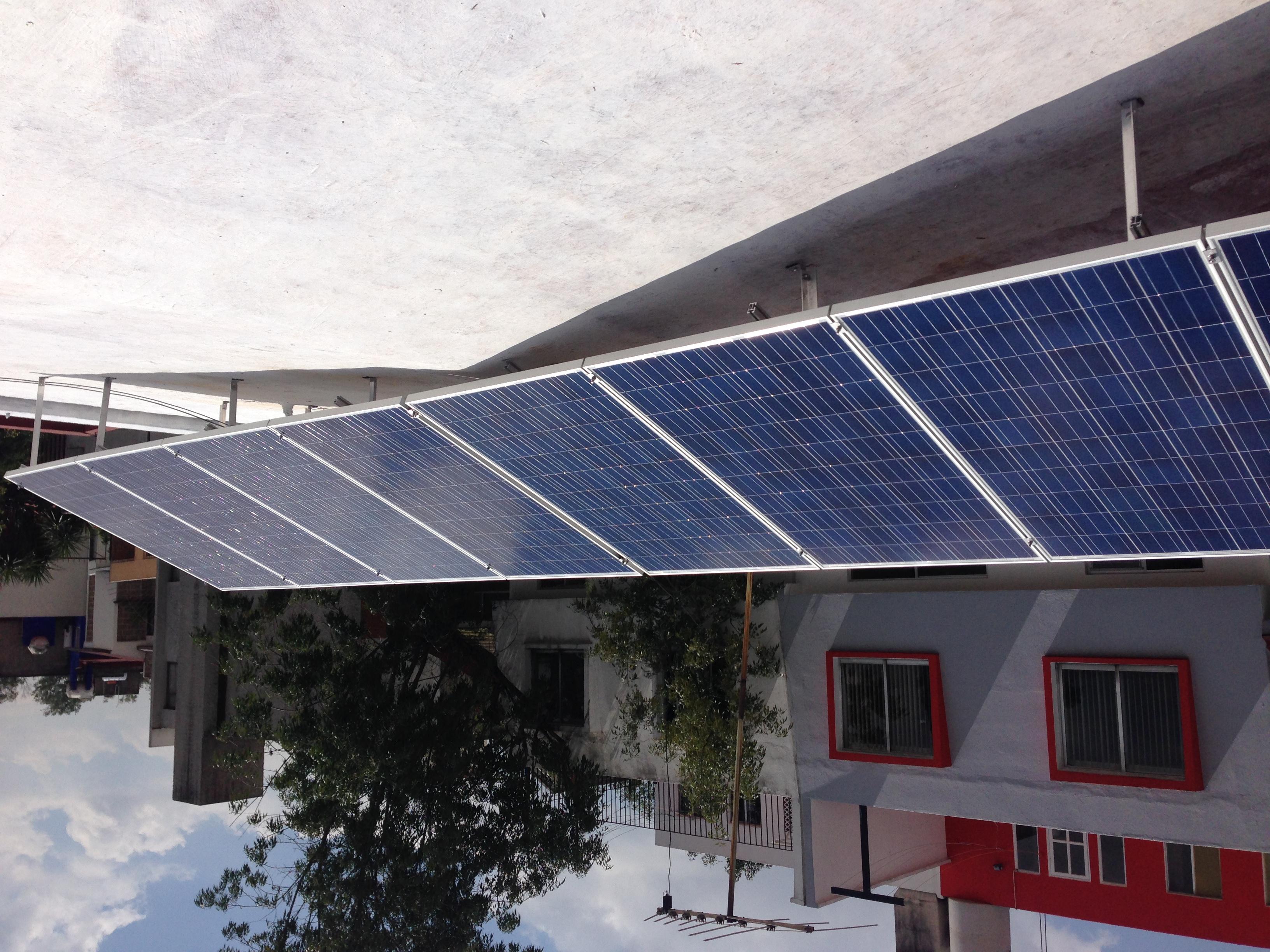 Sistema Fotovoltaico 2 KWp
