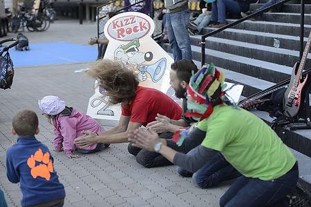 KIZZRock machen Musik mit Kindern.jpg