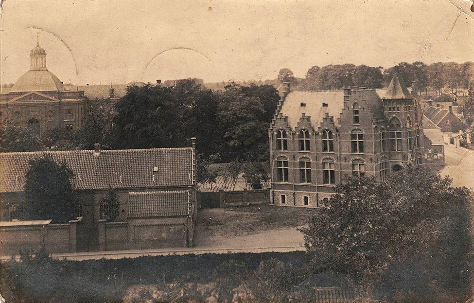 Sint-Laureins - gemeentehuis.jpg