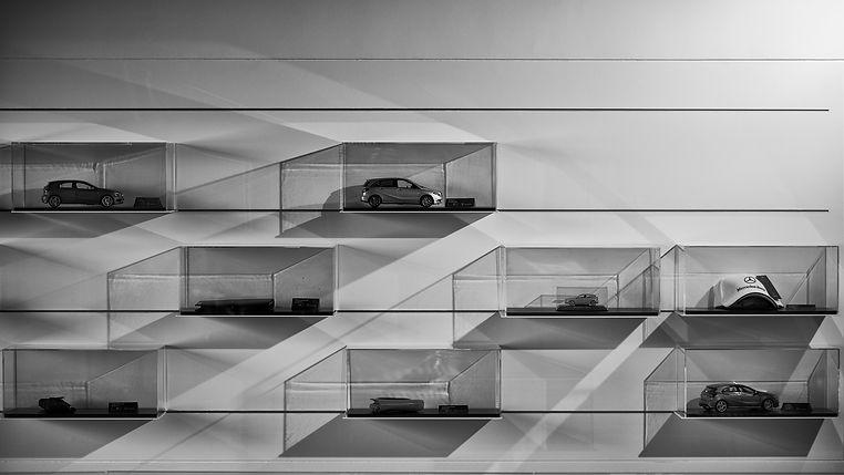Mercedes Hedin display 3