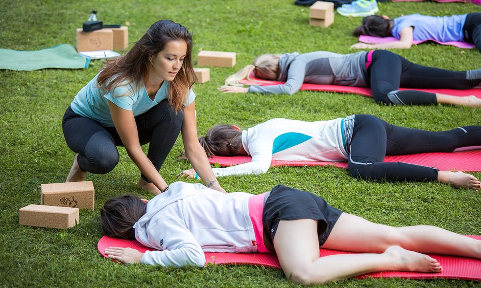 Yogalehrerin Brixen