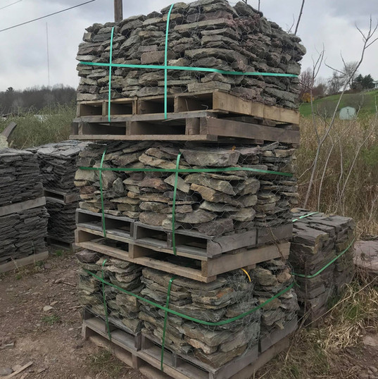 PA Thin Fieldstone 1/4 Pallets