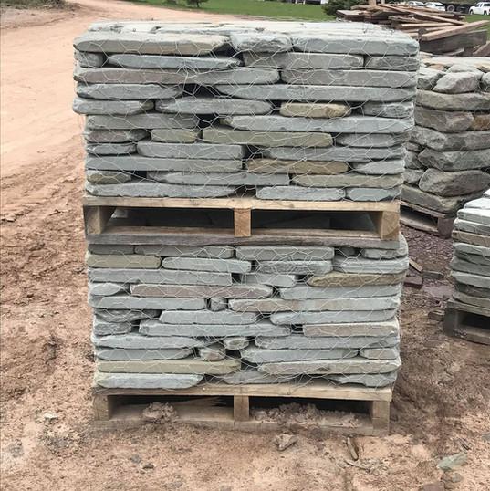 Tumbled Wall Half Pallets