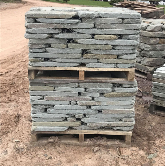 Tumbled Wall Half Pallets