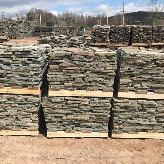 Grey/Green Thin Colonial 1/2 Pallet