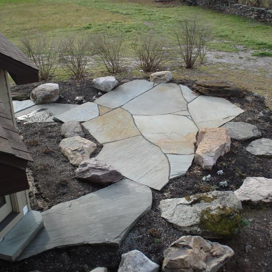 Colonial/Flagstone Steppers & PA Fieldstone Boulders