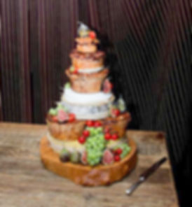 Heggies-Weddingcake=Edit-2.jpg