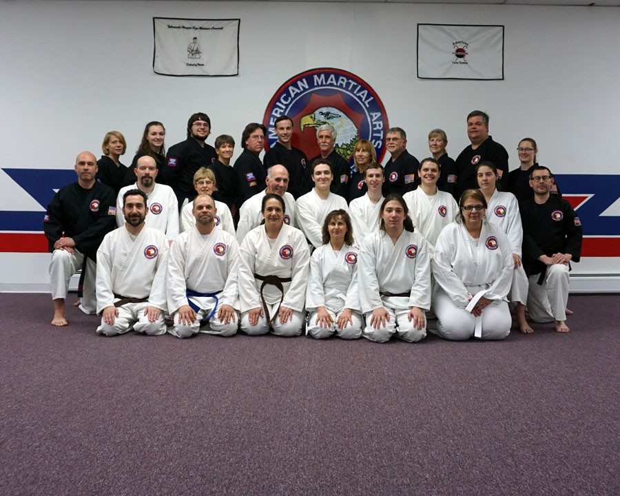 adult seminar group picture