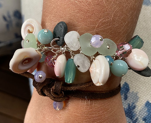 Shakey Bracelet  Light Blue Seaglass
