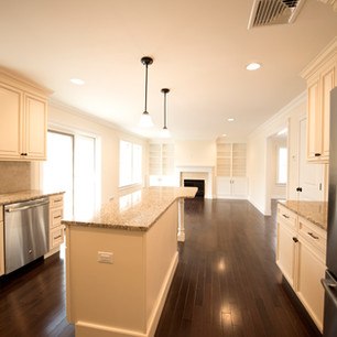 Kitchen and living rm.jpg