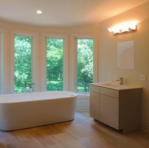 Bathroom ridenhour tub.JPG