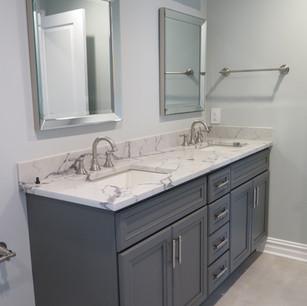 Bathroom Lim 4.JPG