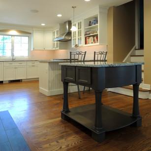 Kitchen posen 3.JPG