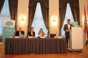 S lijeva na desno: Zoran Low, Martina Dalić, Sanja Madzarevic Sujster, Davor Huić
