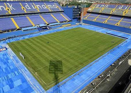 Prisjetimo se kako to izgleda kad političari grade stadione i dvorane