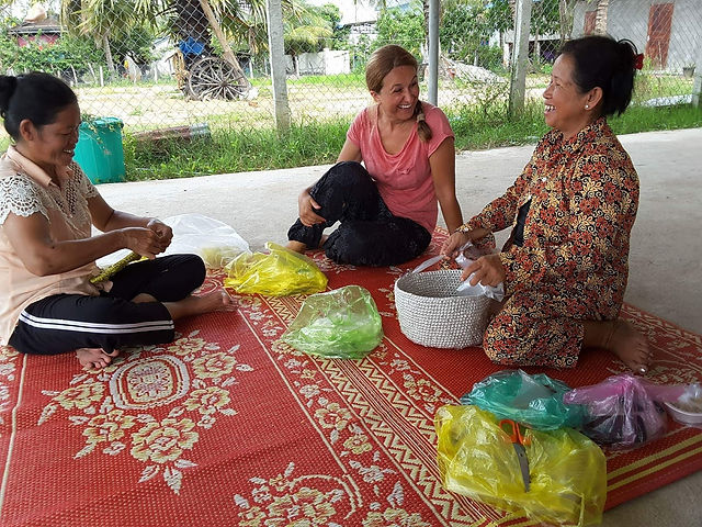 Crochet Femmes travaillent atelier1.jpeg