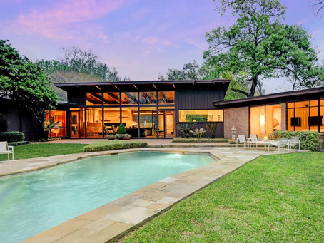 Building a Home in Braeswood Place