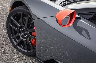 FordGTCarbonSeries-4b.jpg