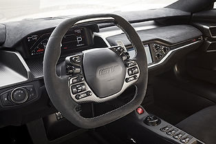 FordGTCarbonSeries-3b.jpg