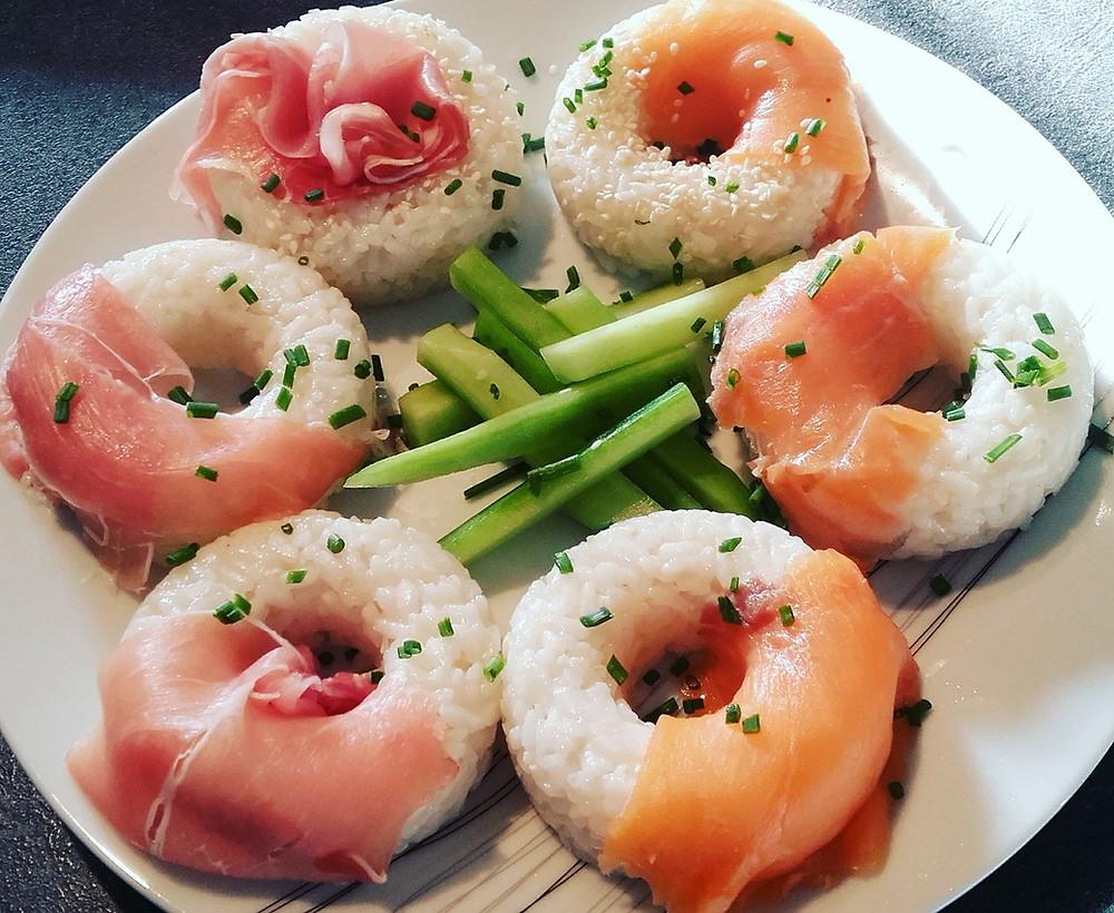 Hoops façon sushis au jambon et au saumon, moule Hoops Tupperware