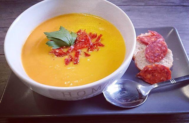 Soupe butternut et patate douce au chorizo