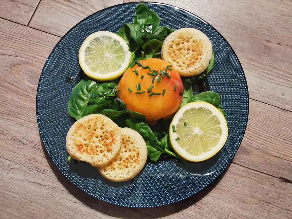 Découvrez la recette des dômes au saumon, fromage frais et pousses d'épinards Tupperware