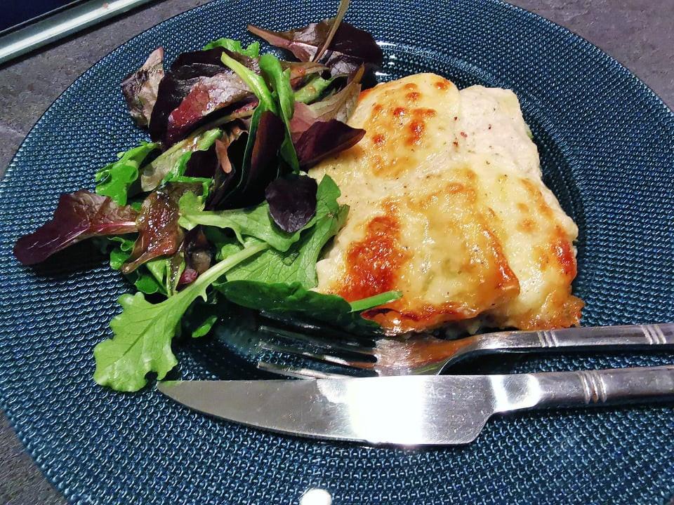 Lasagnes aux courgettes et béchamel dans l'ultra pro Tupperware