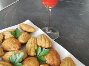 Madeleines aux maquereaux et cocktail fraises