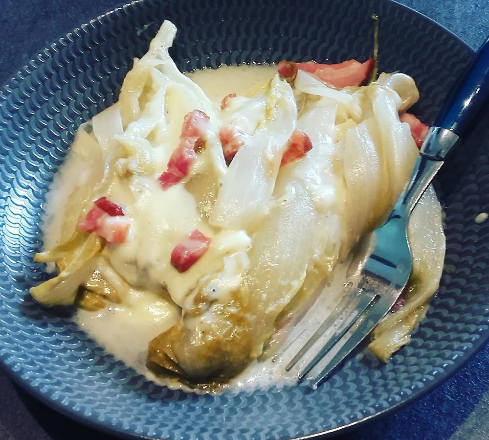 Endives à la bière, lardons et fromage à raclette dans le microcook Tupperware